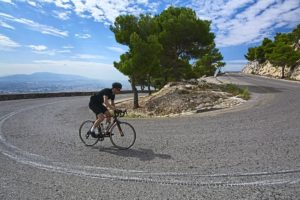 A spectacular view of the sea while climbing the Mt. Penteli - Road cycling in Athens by GrCycling