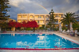 Kyparissia Beach Hotel view of pool and hotel