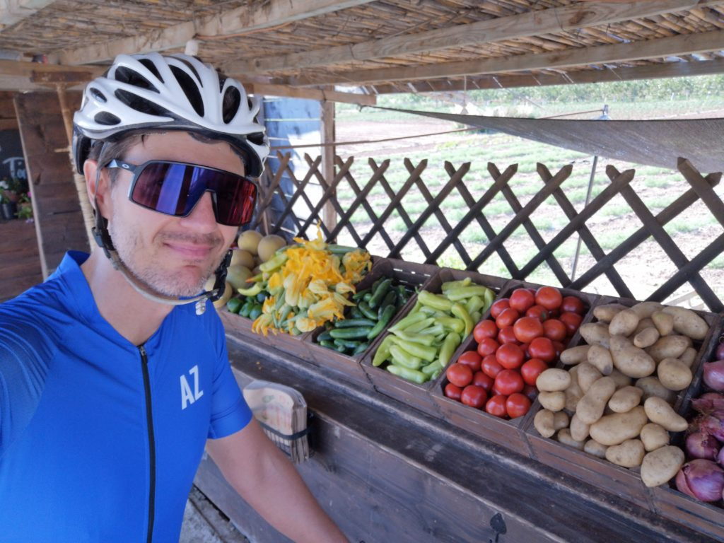 Cycling Break for buy vegetables and groceries