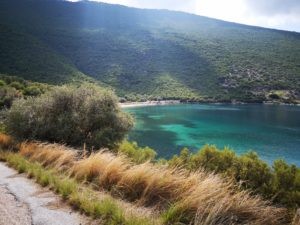 The tirquoise waters of Pelion as captured by cyclists